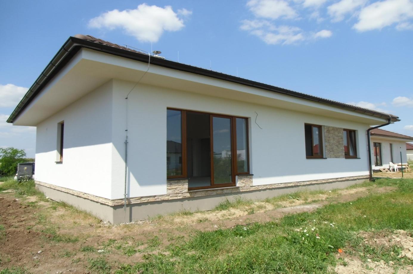 Dřevostavba bungalov na klíč 4+kk Bungalov 567 90m2